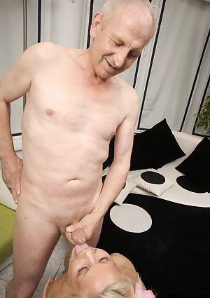 Free Cumshot Porn Pictures