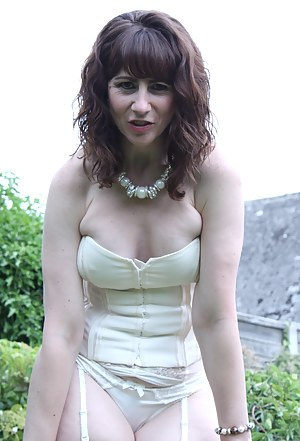Free Corset Porn Pictures