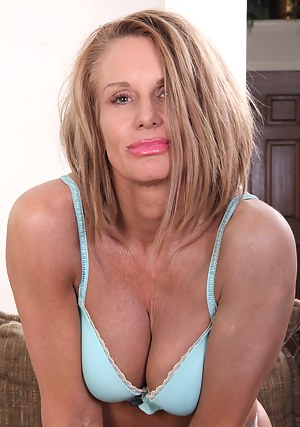 Free Mature XXX Pictures