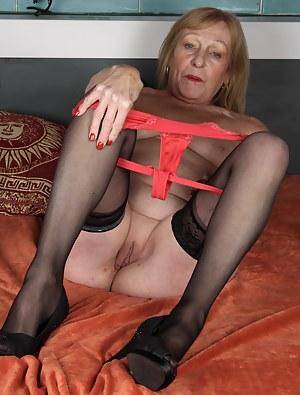 Free Granny XXX Pictures